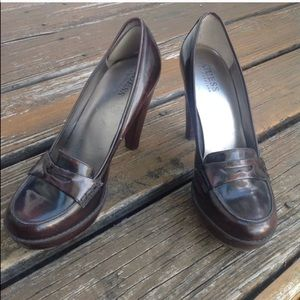 Guess By Marciano Loafers Heels 8.5 Leather Shoes